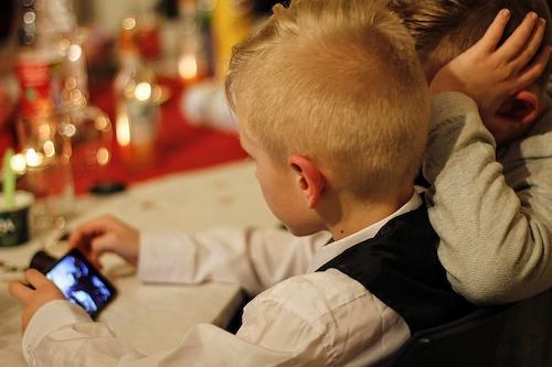 LINEモバイル:子供にオススメのスマホ端末